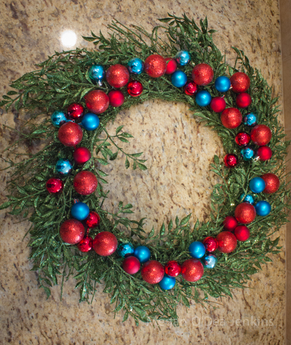 Holiday Wreath How-To (6/6)