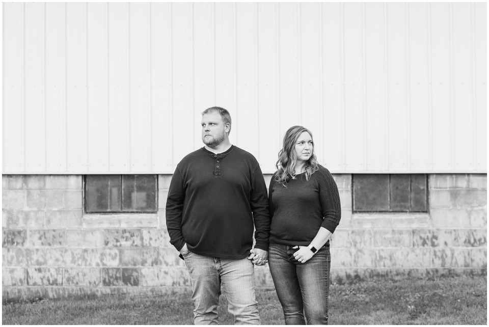 Iowa City Wedding Photographers - Rural Iowa Engagement Session-Megan Snitker Photography_0022.jpg