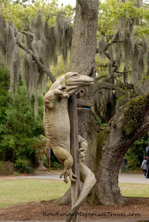 Decorative signpost Audubon Zoo New Orleans Lousiana