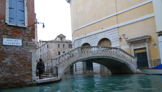 DSC_3712 Venice Canal Bridge