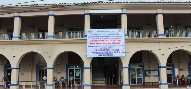 En quiebra ayuntamiento de Naranjos-Amatlán; alcalde exige el pago