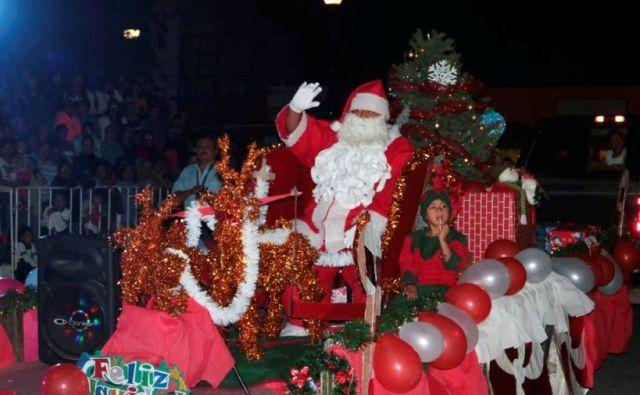 Vive San Fernando fiesta navideña con desf (1)