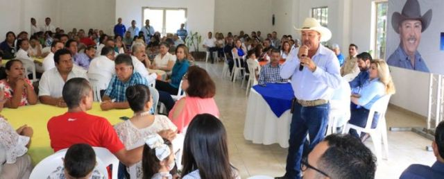 Apoya magisterio proyecto de PePe Ríos (1)