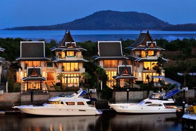 Atraca tu mega yate de lujo en la casa de tus sueños en Phuket, Tailandia