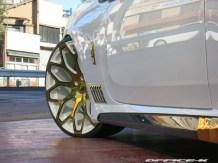 Office-K Presenta Rolls-Royce Wraith Blanco & ORO