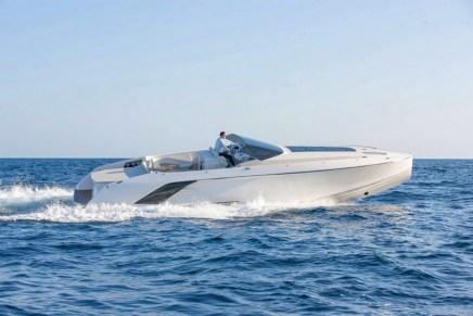 1414 DEMON: El super yate más grande de Frauscher ¡Gran diversión en el agua por menos de $1 millón!
