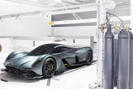 Aston Martin & Red Bull F1 revelaron el mega increíble hypercar: AM-RB 001