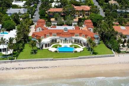 ¡Esta fascinante villa en Palm Beach, Florida es una ganga! A la venta ahora por SOLO $59,9 millones