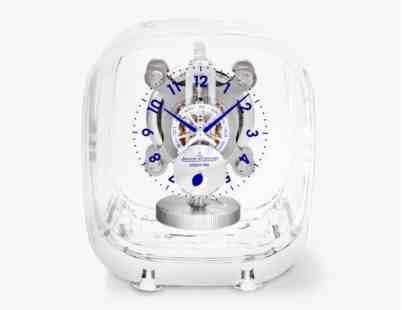 """Jaeger-LeCoultre y Marc Newson presentan el hermoso reloj """"Atmos 568"""" de $28.000"""