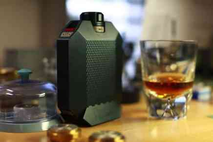 Macallan y Urwerk se unen para crear 'The Flask'