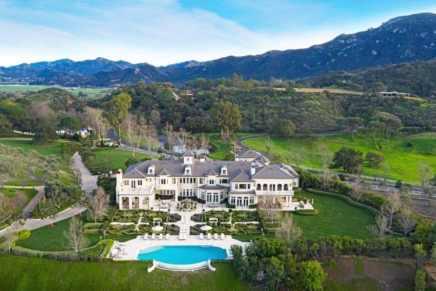 Esta mega espectacular propiedad de estilo francés en el exclusivo Thousand Oaks, California sale al mercado con un precio de $18.9 millones