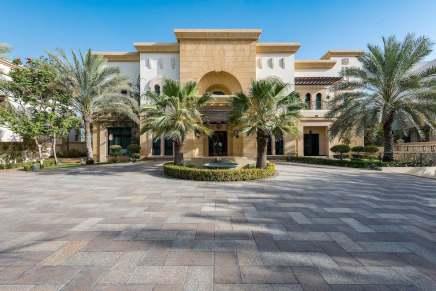 ¡Esta mega espectacular villa en Dubái puede ser tuya por $32,4 millones!