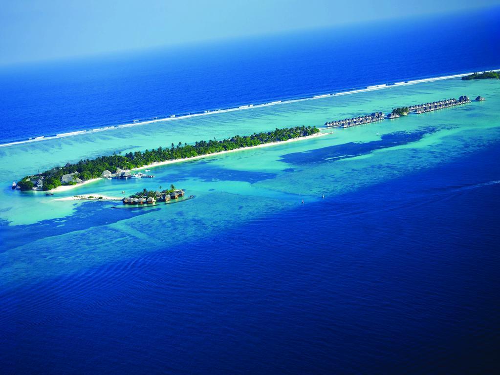 Disfruta de un servicio de primera clase en el Four Seasons Resort Maldives at Kuda Huraa