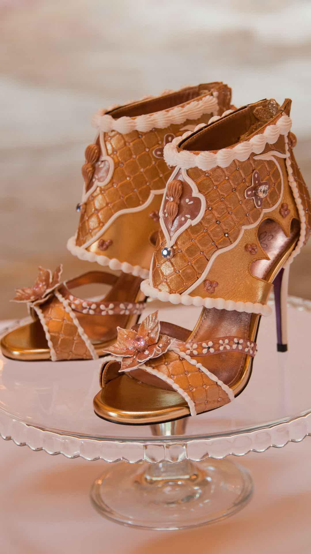 Debbie Wingham crea los zapatos más caros del mundo ? $15.1 millones por el par