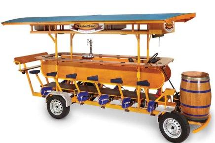 Pedal Pub: Divertido bar sobre ruedas para 16 personas | Último accesorio para fiestas locales