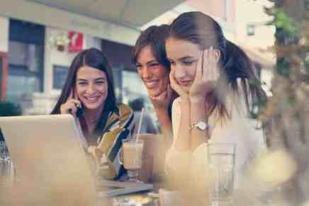TRES consejos para empezar un negocio con amigos