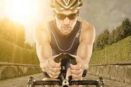 Esta bicicleta estática conectada a lentes de «Realidad virtual» promete acabar con los aburridos ejercicios