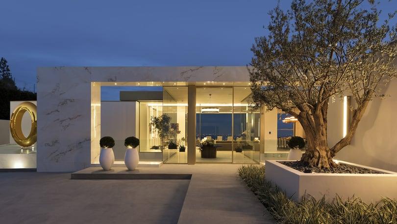 Opulenta mega mansión en Beverly Hills, California a la venta por $77,5 millones