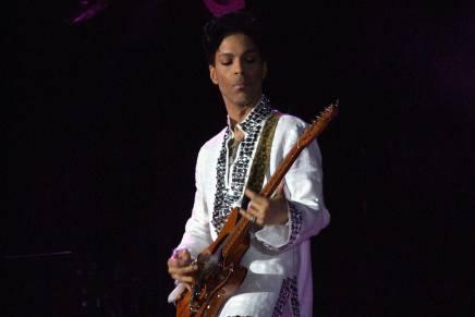 La familia del cantante Prince reclama la fortuna superior a $300 millones que dejó de herencia