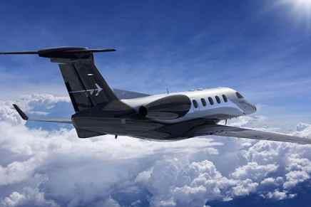 Embraer entrega el primer Phenom 300E — Su nuevo avión ejecutivo ligero