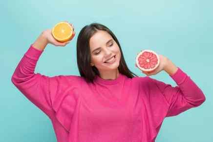 Sabias que comer naranjas y toronjas cada día pueden reducir el riesgo de un derrame cerebral debido a sus propiedades antiinflamatorias