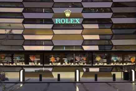Entra a la boutique Rolex más grande del mundo… ¡Y que por supuesto, está en Dubai!