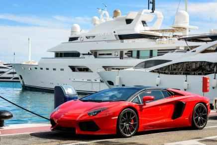 ¡INSÓLITO! Los caprichos más absurdos que exigen los mega ricos para sus enormes yates privados
