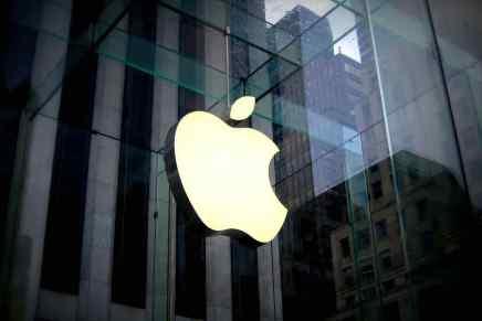Apple está a solo $2 de ser la primera compañía del planeta con una capitalización bursátil de $1 BILLÓN