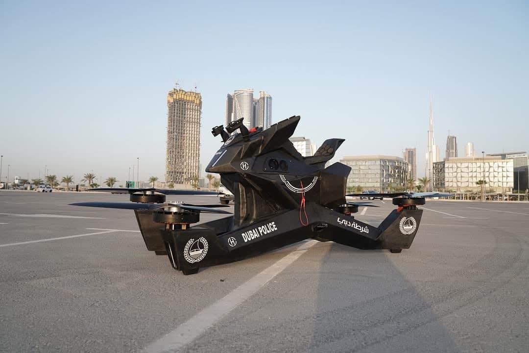 La policía de Dubai pronto será vista patrullando las calles en motocicletas voladoras como drones