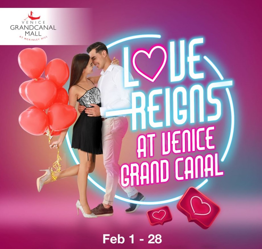 Valentine's Day At Venice Grand Canal