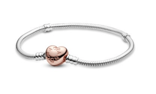 Shower her with affection and get her deluxe jewelry from Pandora.