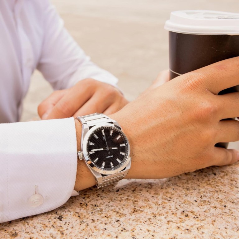 Stay classy and timely. Choose from Fossil's wide selection of watches at 2/F Uptown Mall.