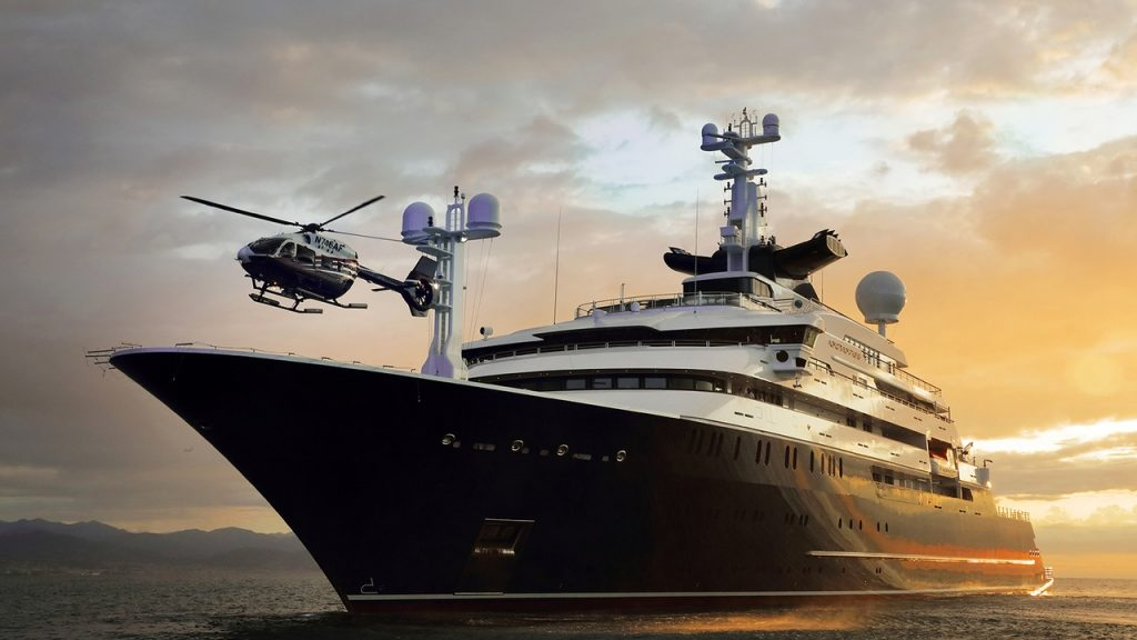 octopus super yacht helicopter