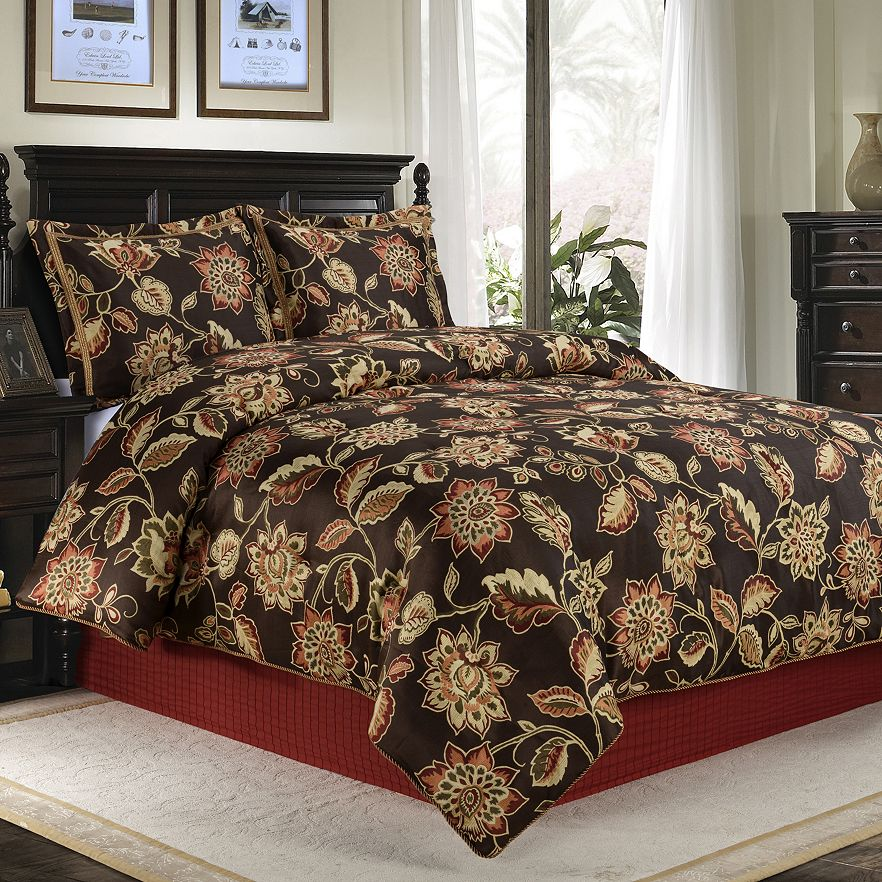 Seven Floral Duvets To Camoflage All Of Your Disgusting
