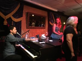 Johnny Foley's Irish House, Dueling Piano Bar