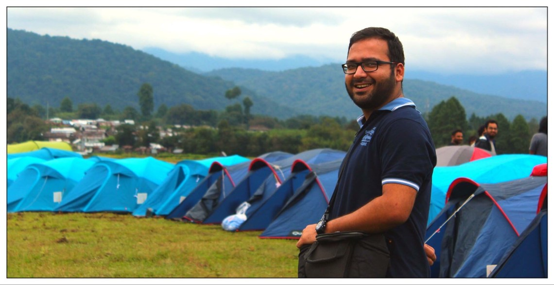 Simply amazing, the colorful tents in the green valley.