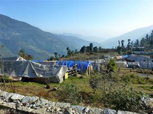 p1090067achool-tents