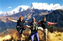 Hurray…we made it to Poon Hill, Annapurna trek