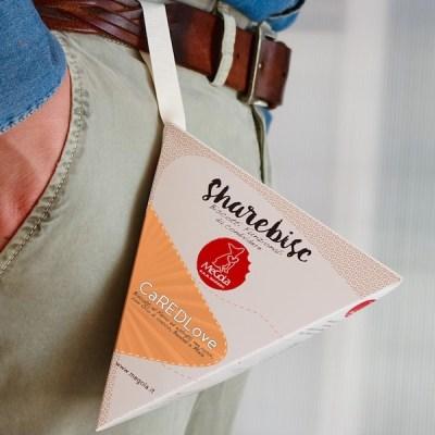 Megola ShareBisc Biscotti per Cani Ingredienti Naturali P.A.R.BAKERY Condividere Cane Uomo Ingredienti Vegano Vegani Bio CaredLove Mirtilli Farro Rapa Carota