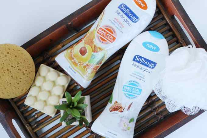 Softsoap Fresh and Glow body washes