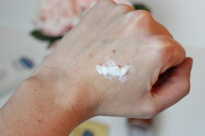 Vaseline Intensive Care Healing Serum