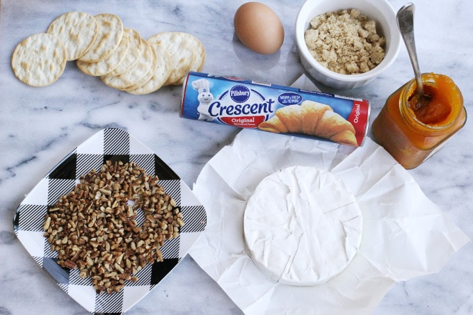 Baked Brie with Pillsbury Crescent Rolls