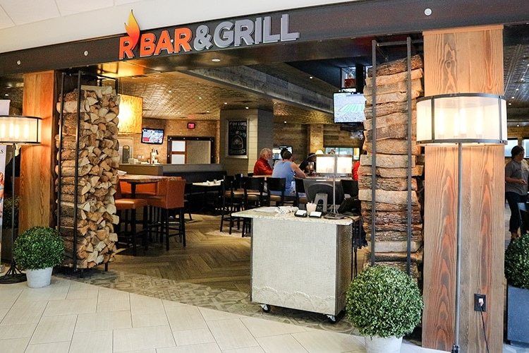 R Bar & Grill in the Hilton Arlington