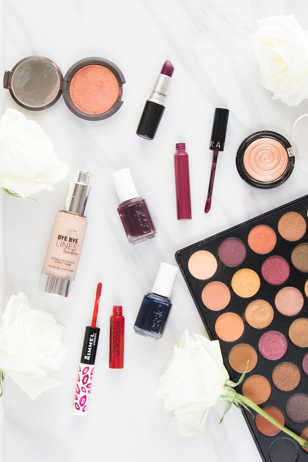 Fall makeup essentials - click through to see the whole list! - Fall Makeup Essentials You'll Want to Get Your Hands On by Houston beauty blogger Meg O. on the Go