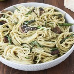 Pasta with mushrooms, asparagus, and pesto