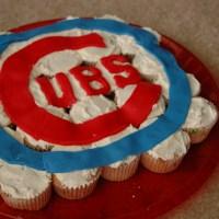 Cubs Cupcake Cake