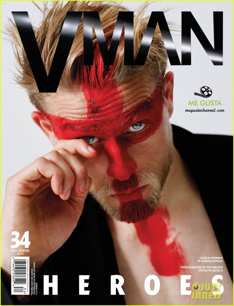 charlie-hunnam-shirtless-v-man-magazine-02 copia