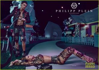 fergie-stars-in-colorful-alice-in-ghettoland-campaign-for-philipp-plein-03