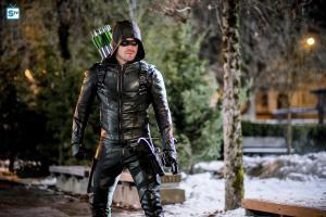 arrow-season-5-photos-12_full