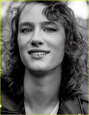 mackenzie-davis-interview-magazine-02